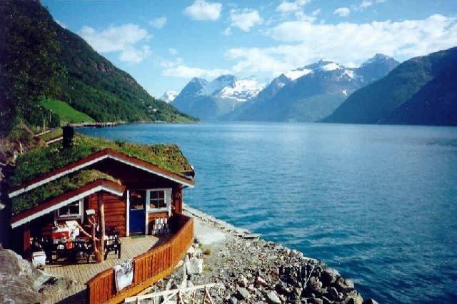 ferienhaus norwegen fjord ferienhaus norwegen urlaub am. Black Bedroom Furniture Sets. Home Design Ideas