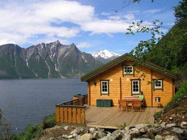 trandal fjordhytter ferienhaus am fjord in norwegen angeln im fjord in norwegen h tte 50 m2. Black Bedroom Furniture Sets. Home Design Ideas